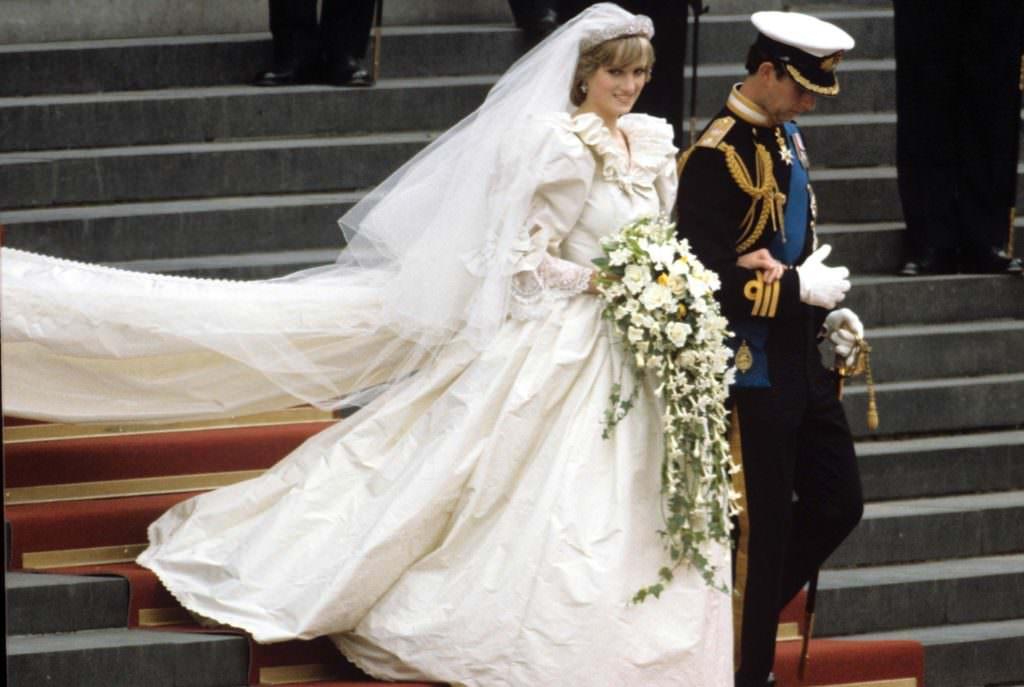 El vestido de novia dela princesa diana