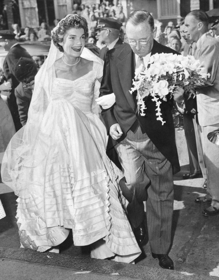 02-jackie-jfk-wedding