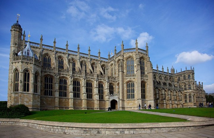 800px-St._Georges_Chapel,_Windsor_Castle_(2)
